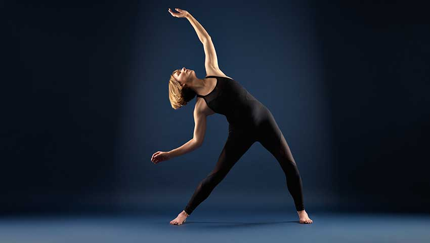 Online Yoga Class, Lengthening the Spine, Scaravelli Inspired